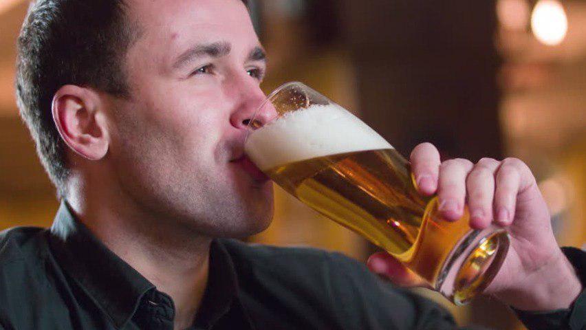 Как понять: человек просто выпивает или у него зависимость и пора бить тревогу?
